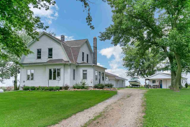 6027 Old Settlers Road, Denmark, WI 54208 (#50189442) :: Symes Realty, LLC