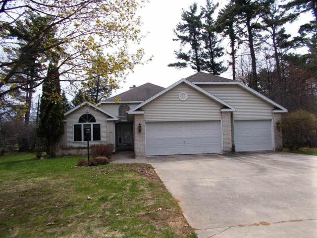 2346 Woodview Lane, Marinette, WI 54143 (#50189491) :: Dallaire Realty