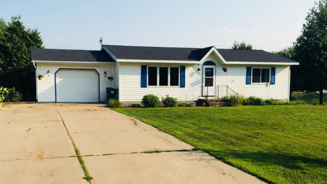 E2311 Julie Lane, Waupaca, WI 54981 (#50189692) :: Dallaire Realty