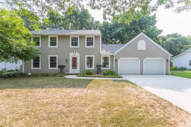 3021 East River Drive, Green Bay, WI 54301 (#50189701) :: Dallaire Realty