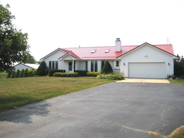 N2327 Town Hall Road, Kewaunee, WI 54216 (#50189717) :: Dallaire Realty