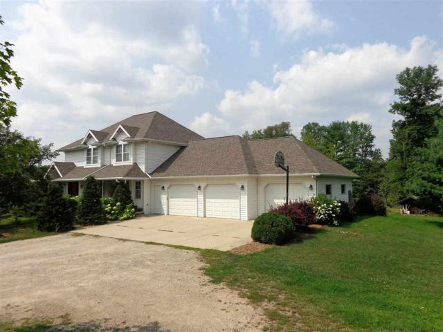 W220 Town Line Road, Krakow, WI 54137 (#50189765) :: Dallaire Realty