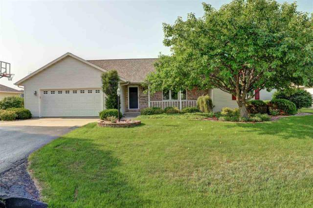 W5731 Hearthstone Drive, Appleton, WI 54915 (#50189896) :: Dallaire Realty