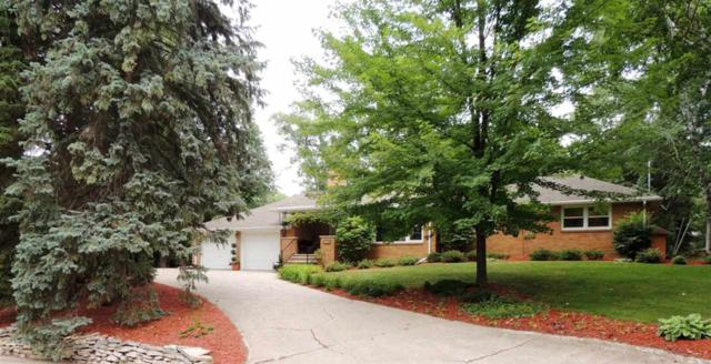 1100 St Charles Drive, Green Bay, WI 54311 (#50189935) :: Dallaire Realty