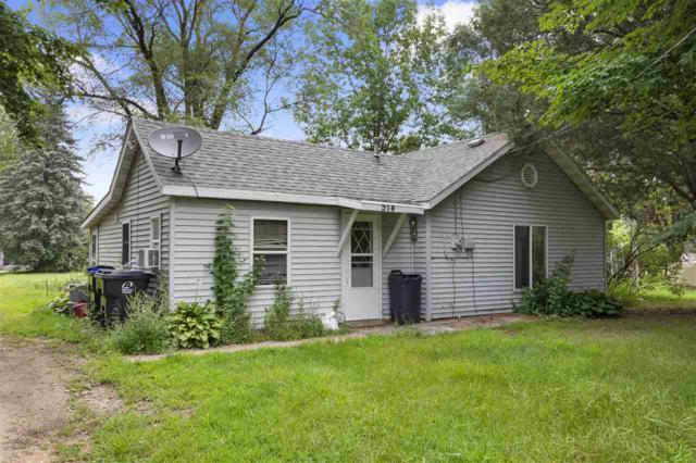 514 E Main Street, Weyauwega, WI 54983 (#50189964) :: Dallaire Realty