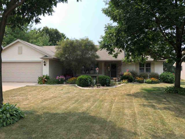 840 Holschuh Lane, Green Bay, WI 54311 (#50190036) :: Todd Wiese Homeselling System, Inc.