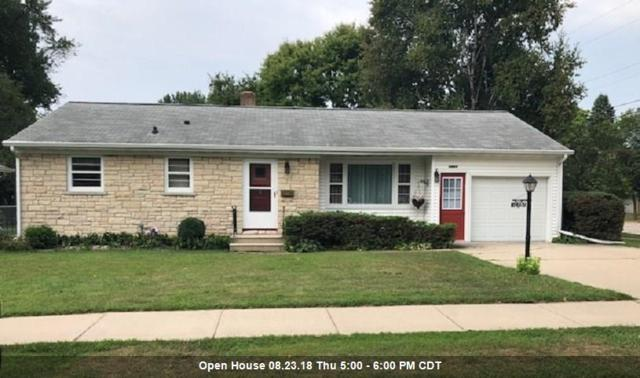 1465 Langlade Avenue, Green Bay, WI 54304 (#50190041) :: Todd Wiese Homeselling System, Inc.