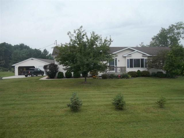 E8898 Manske Road, New London, WI 54961 (#50190154) :: Symes Realty, LLC