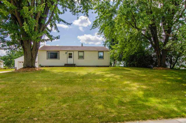 113 Waupaca Street, Clintonville, WI 54929 (#50190362) :: Dallaire Realty