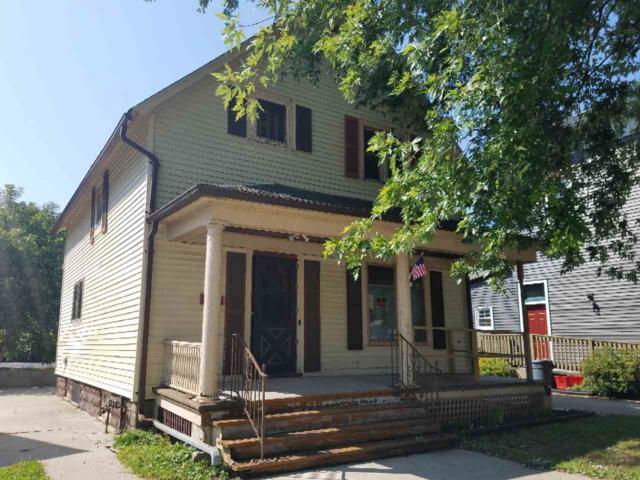 1213 Hamilton Street, Manitowoc, WI 54220 (#50190612) :: Dallaire Realty