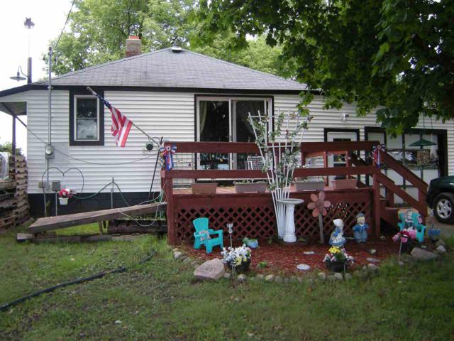 N11191 Hwy 22, Clintonville, WI 54929 (#50190762) :: Dallaire Realty