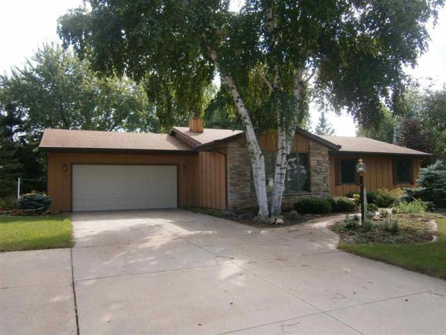 3143 Spring Valley Road, Oshkosh, WI 54904 (#50190794) :: Symes Realty, LLC