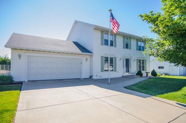 1365 Castle Rock Court, De Pere, WI 54115 (#50190815) :: Todd Wiese Homeselling System, Inc.