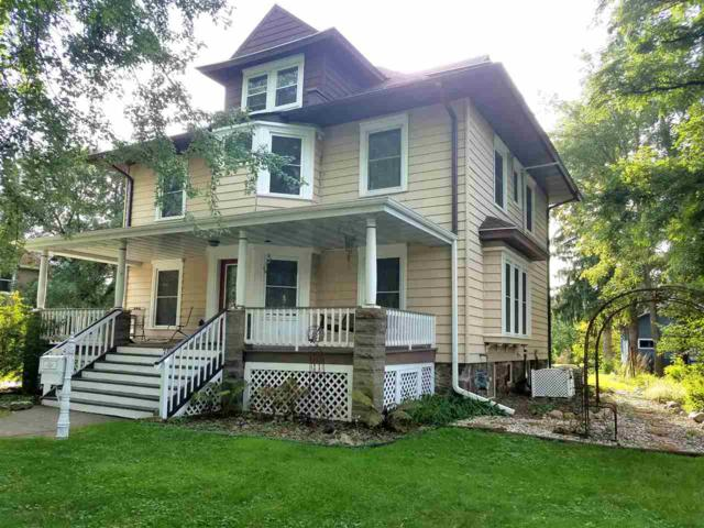 706 S Main Street, Waupaca, WI 54981 (#50191059) :: Dallaire Realty