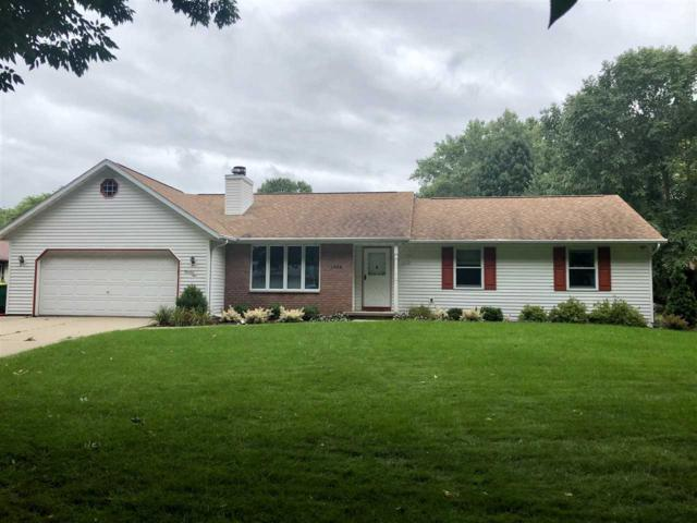 1305 Sandstone Place, Green Bay, WI 54313 (#50191061) :: Symes Realty, LLC