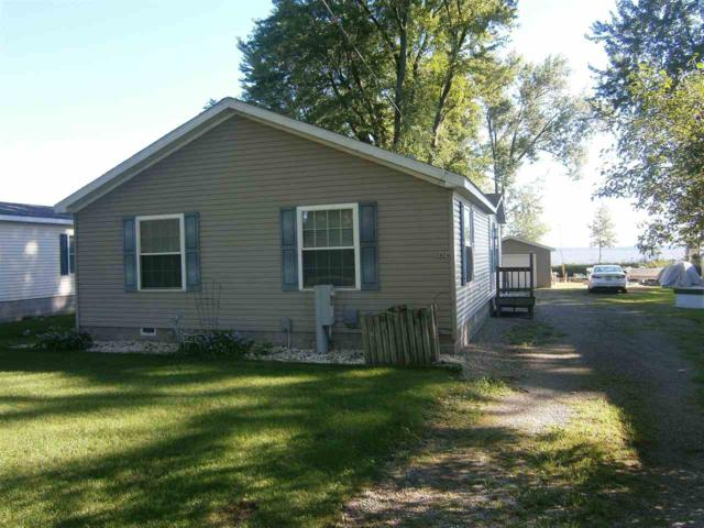 5424 E Reighmoor Road, Omro, WI 54963 (#50191176) :: Dallaire Realty