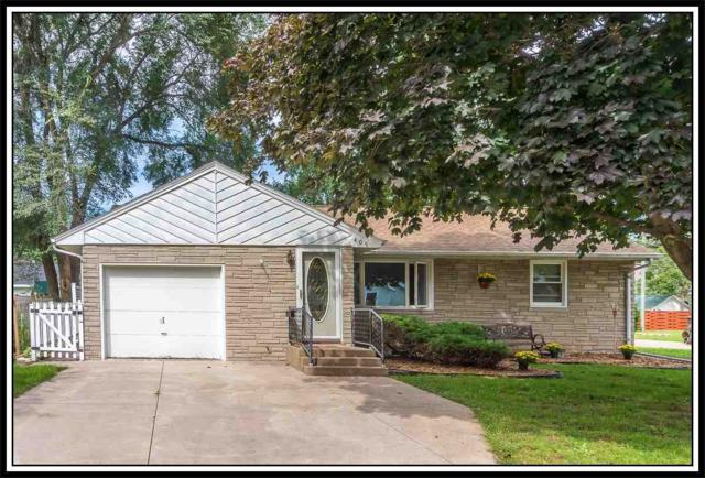 409 Wallace Street, New London, WI 54961 (#50191209) :: Dallaire Realty