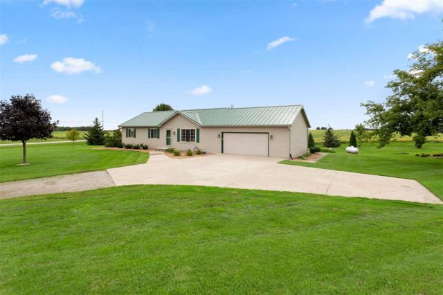 4107 Cottonwood Avenue, Oshkosh, WI 54904 (#50191221) :: Dallaire Realty