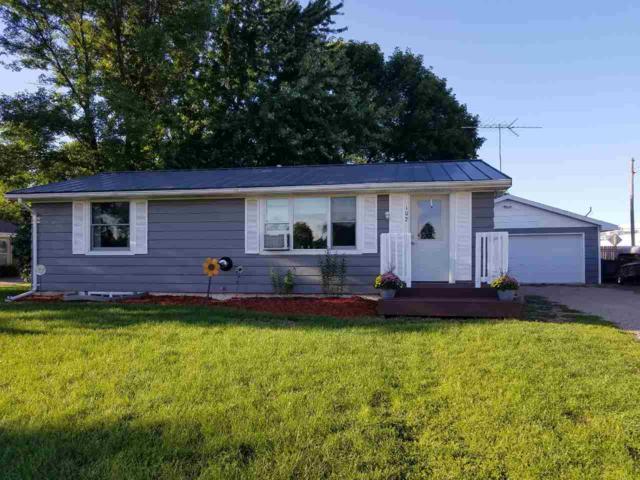 102 Park View Lane, Weyauwega, WI 54983 (#50191314) :: Symes Realty, LLC