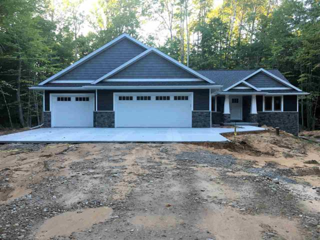 5862 Havenwood Hills Drive, Little Suamico, WI 54171 (#50191337) :: Dallaire Realty