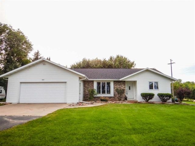 2879 Sot Road, Abrams, WI 54101 (#50191385) :: Dallaire Realty