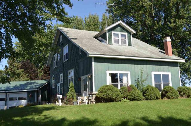 W8810 Friendship Road, Shawano, WI 54166 (#50191453) :: Dallaire Realty