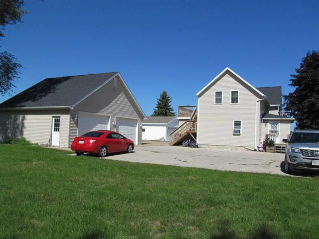 N4221 Hwy E, Kaukauna, WI 54130 (#50191468) :: Todd Wiese Homeselling System, Inc.