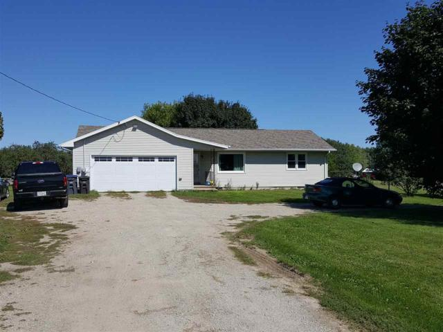 N2246 Greenville Drive, Hortonville, WI 54944 (#50191508) :: Dallaire Realty