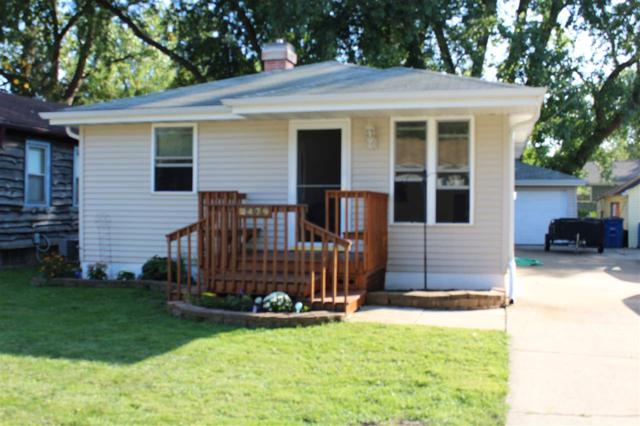 479 Dutton Avenue, Green Bay, WI 54304 (#50191591) :: Symes Realty, LLC