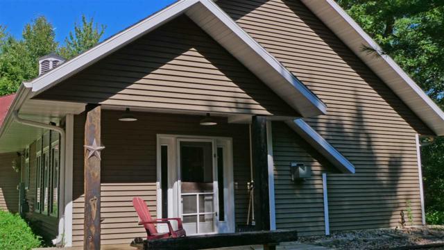 N3030 Crestwood Drive, Waupaca, WI 54981 (#50191620) :: Symes Realty, LLC