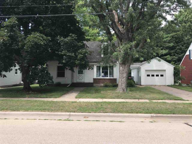 150 9TH Street, Clintonville, WI 54929 (#50191634) :: Dallaire Realty