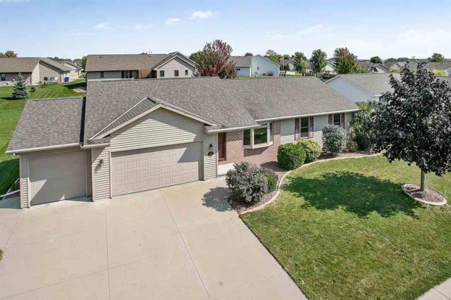 2308 Olde Country Circle, Kaukauna, WI 54130 (#50191793) :: Dallaire Realty
