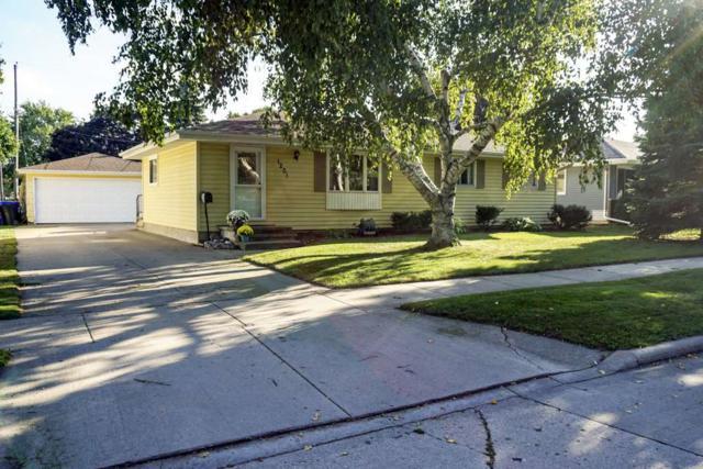1201 W Hawes Avenue, Appleton, WI 54914 (#50191813) :: Symes Realty, LLC