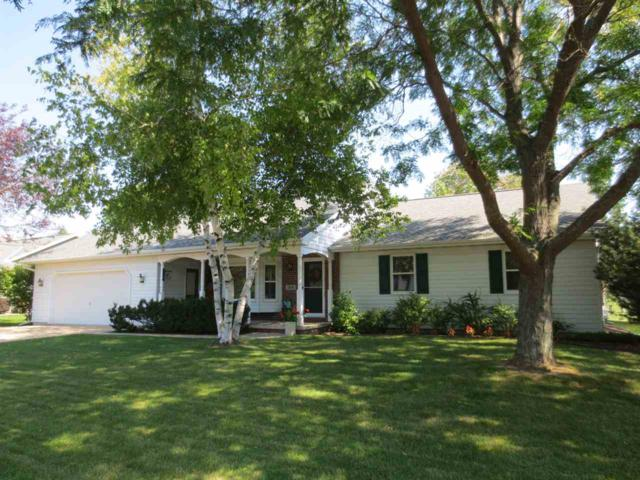 1318 Blueberry Lane, Neenah, WI 54956 (#50191814) :: Dallaire Realty