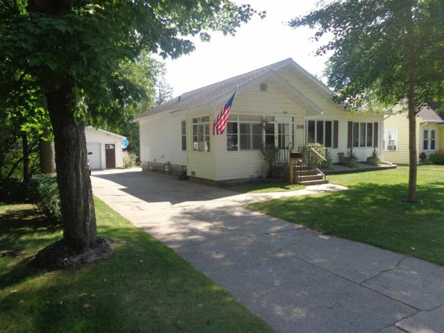 156 Motor Street, Clintonville, WI 54929 (#50191819) :: Dallaire Realty
