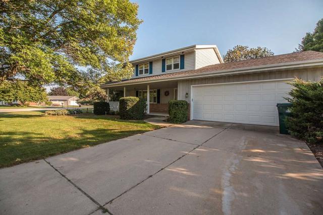 1100 Schanock Drive, Green Bay, WI 54303 (#50191841) :: Symes Realty, LLC