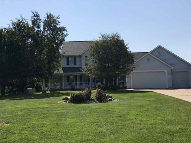 W2241 Chestnut Lane, Kaukauna, WI 54130 (#50191895) :: Symes Realty, LLC