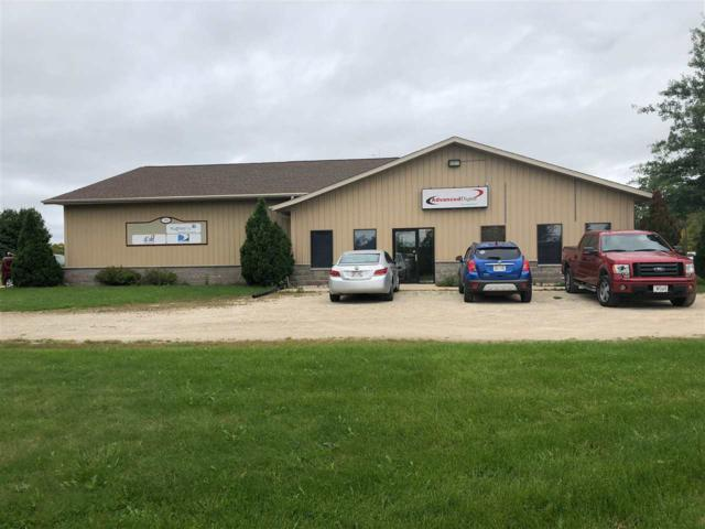 701 Hwy R, Denmark, WI 54208 (#50191896) :: Dallaire Realty