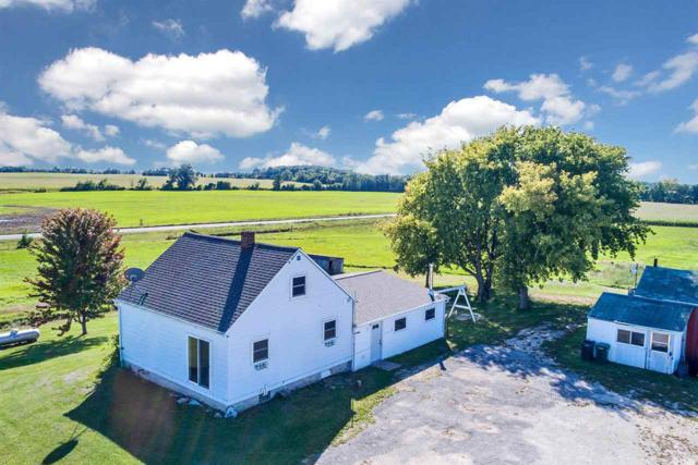 N8519 Tonet Road, Luxemburg, WI 54217 (#50191994) :: Todd Wiese Homeselling System, Inc.