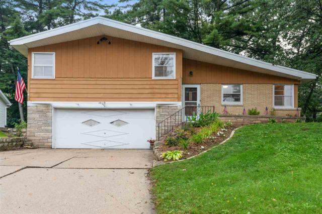 1019 Mt Mary Drive, Green Bay, WI 54311 (#50192038) :: Dallaire Realty