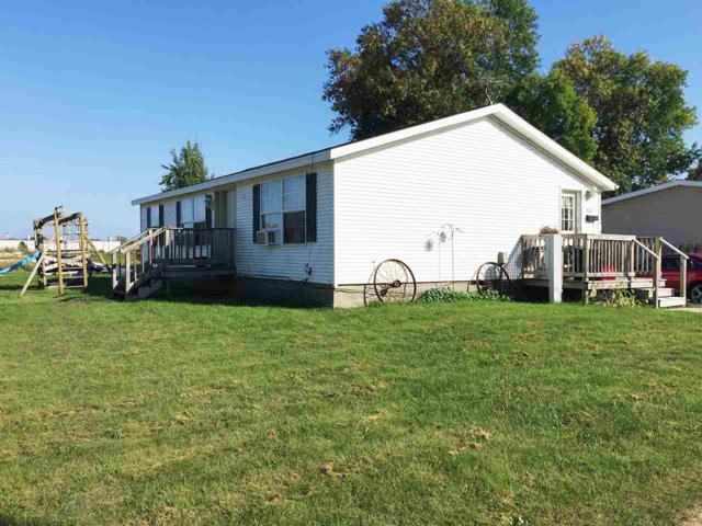1301 S 31ST Street, Manitowoc, WI 54220 (#50192251) :: Symes Realty, LLC