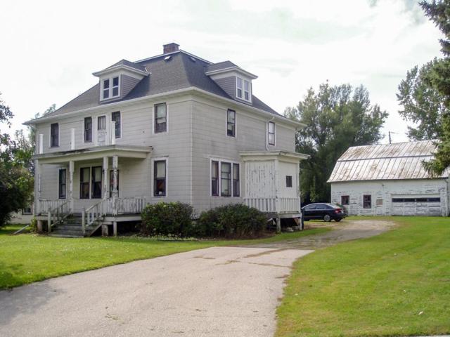 7212 Hwy W, Greenleaf, WI 54126 (#50192360) :: Todd Wiese Homeselling System, Inc.