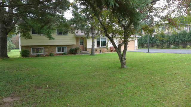 N7772 Hwy J, Iola, WI 54945 (#50192362) :: Todd Wiese Homeselling System, Inc.