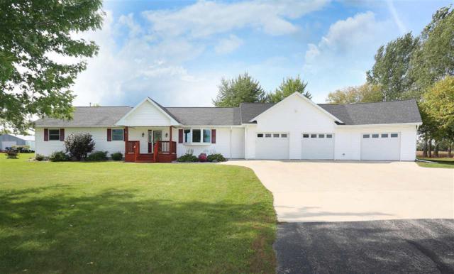 N8521 Hwy 45, Clintonville, WI 54929 (#50192478) :: Symes Realty, LLC