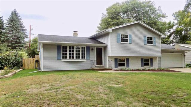 2263 Balsam Way, Green Bay, WI 54313 (#50192506) :: Dallaire Realty