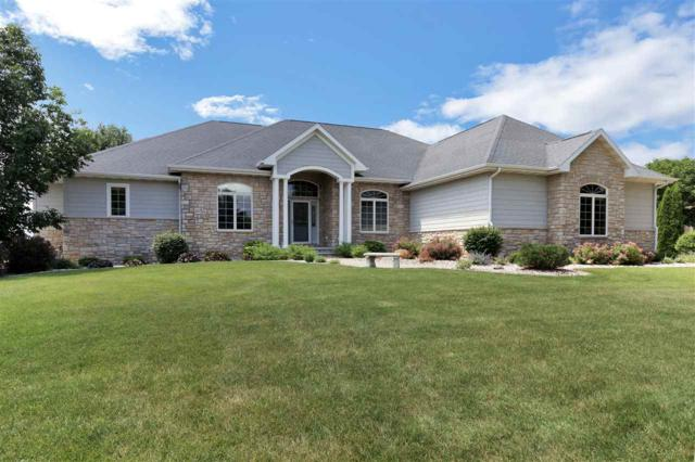 8225 Golf Course Drive, Neenah, WI 54956 (#50192678) :: Symes Realty, LLC