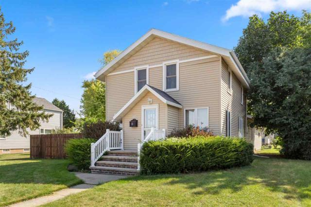 309 N John Street, Kimberly, WI 54136 (#50193079) :: Dallaire Realty