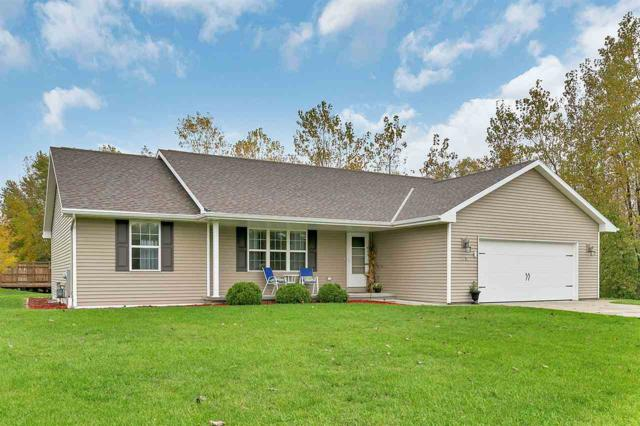 2813 Harbor Cove Lane, Green Bay, WI 54313 (#50193145) :: Dallaire Realty