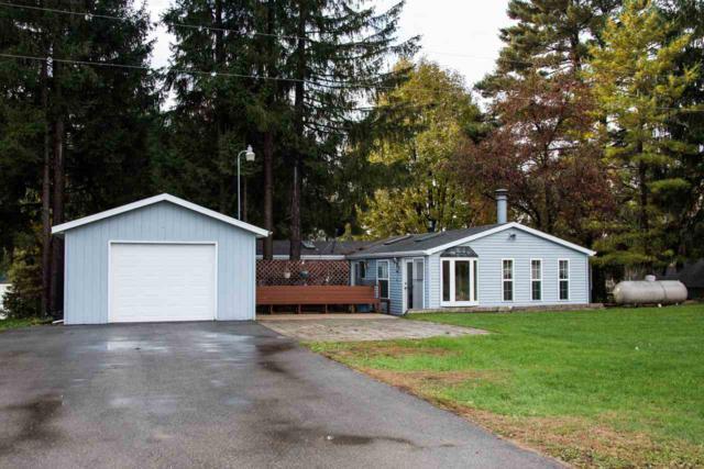 N8847 Ridgeview Lane, Manawa, WI 54949 (#50193150) :: Todd Wiese Homeselling System, Inc.