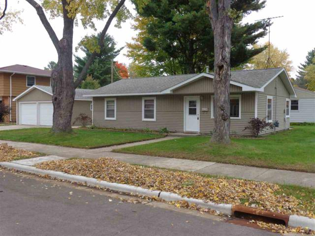 1044 S Cleveland Street, Shawano, WI 54166 (#50193185) :: Symes Realty, LLC